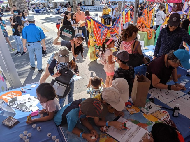 爾灣地球村美食文化藝術節是小朋友歡樂的節日。(橙僑提供)