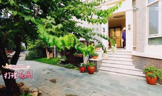 張國立與鄧婕的超級豪宅,讓人十分好奇。(視頻截圖)