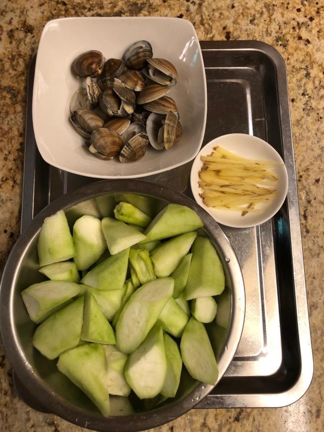 蛤蜊絲瓜材料