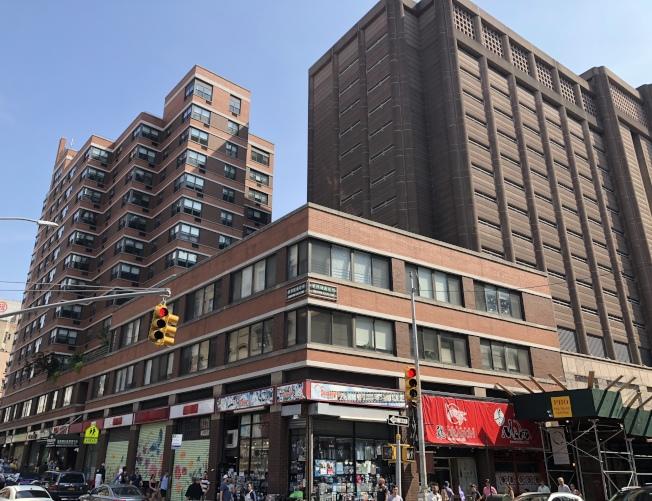 市議會表示,曼哈頓華埠城區監獄的高度由原計畫的450呎降至295呎,僅比目前的曼哈頓拘留所高出75呎。(本報檔案照)