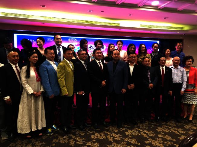 美華聯舉辦「親情中華」藝術團歡迎晚宴。(記者李雪/攝影)