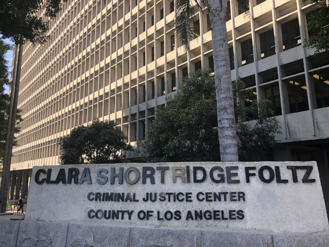 百萬移民欺詐案16日在洛杉磯高等法院過堂,新增一名被告。(記者王若然/攝影)