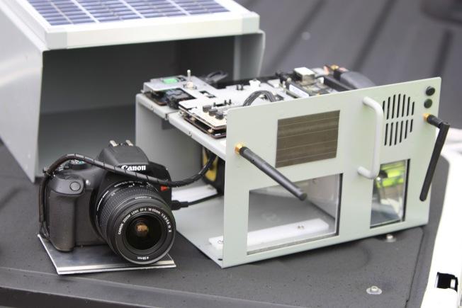 橘郡新採購並安裝在四的大道區域的攝像裝置。(橘郡提供)