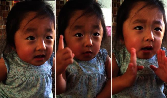 美國一名4歲的小女孩蓋比,向養母透露,形容自己當初一見到養母就愛上她了,感人的告白,讓人聽了心都融化了。路透/Newsflare