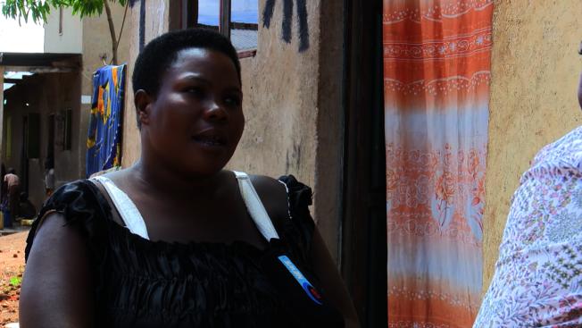 烏干達女子那霸坦吉在36歲時生下44名孩子。(截圖自YouTube)