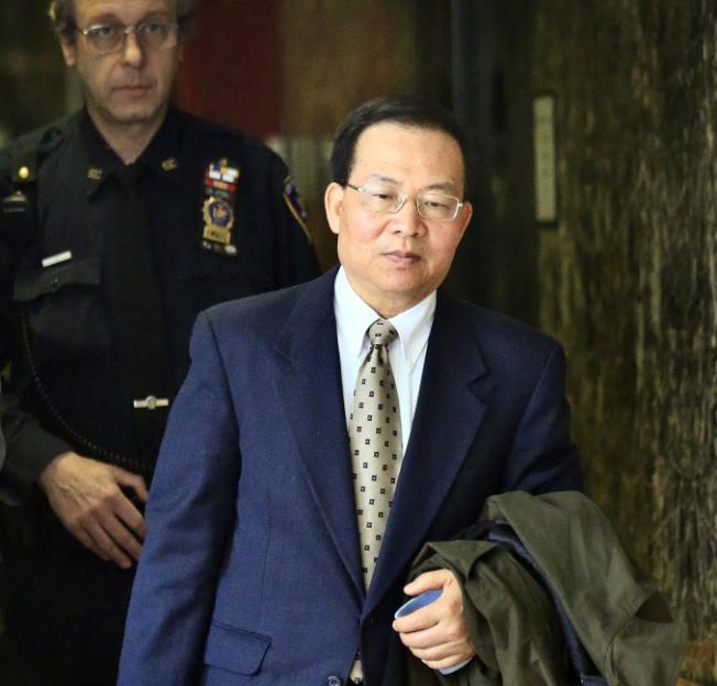 李旭輝四年前出庭接受庭審。(本報檔案照)