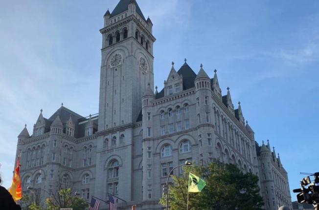 聯邦上訴法院15日決定,將重審位於華府的川普國際酒店非法牟利案件。(記者張筠/攝影)