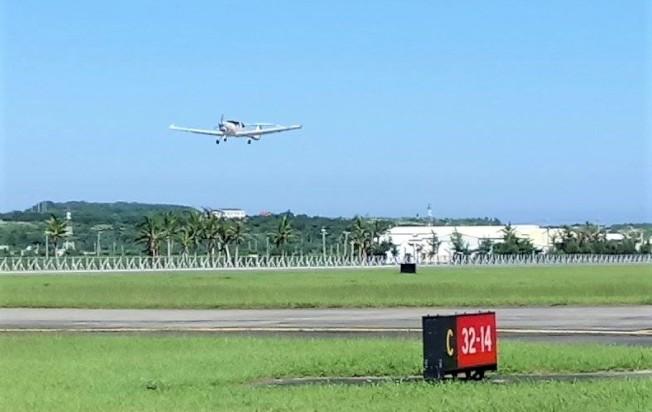 2004年風光啟用的恆春機場,受高鐵營運和天候影響起降等因素致載客率逐年下滑,2014年9月停飛後,提供台東安捷飛行訓練中心訓練起降。(記者潘欣中/攝影)