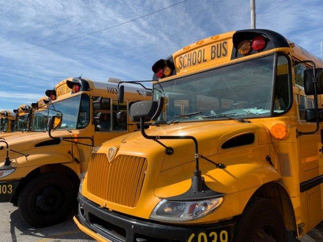 喬治王子郡校車司機緊缺的問題日益嚴重,不少學生因校車遲到而耽誤課程。(PGCPS提供)
