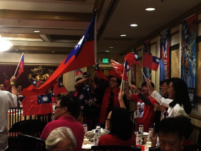 海外韓粉支持韓國瑜的態度十分堅定,很多人已都預備好返台投票。(本報檔案照)
