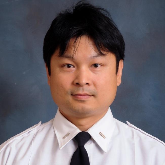 執勤中風的華裔消防員王雷蒙。(市消防局提供)