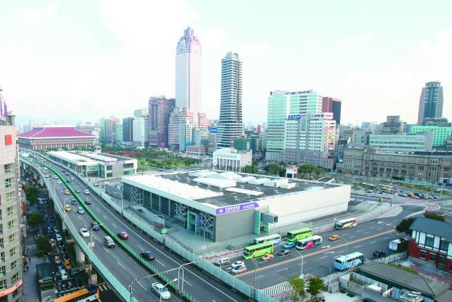 台北市府18日核定,台北雙子星開發案由次優申請人藍天宏匯團隊遞補;圖為台北雙子星預定地。(記者蘇健忠/攝影)