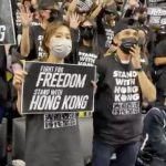 不爽網隊老闆親中  港抗爭支持者赴NBA賽場示威