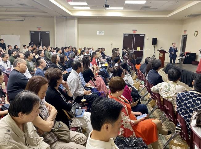 橙縣華人商會2019年度社區公益講座座無虛席,圓滿成功。(記者尚穎/攝影)