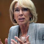 民主黨倡大學免學費、減學貸  教長批:瘋狂 政府背不起