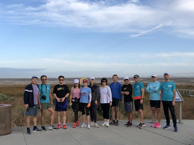 公益路跑組織Burn於19日舉辦路跑活動,並為關懷癌童的土土基金會募款。(記者林亞歆/攝影)