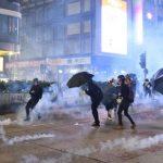 港九龍遊行35萬人參與 警開始驅散