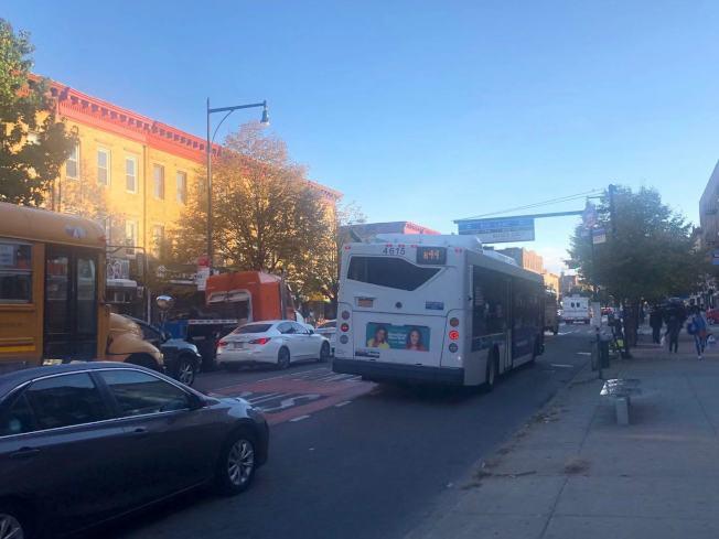布碌崙B44公車路線將在11月底之前安裝監控攝像頭。(記者黃伊奕/攝影)