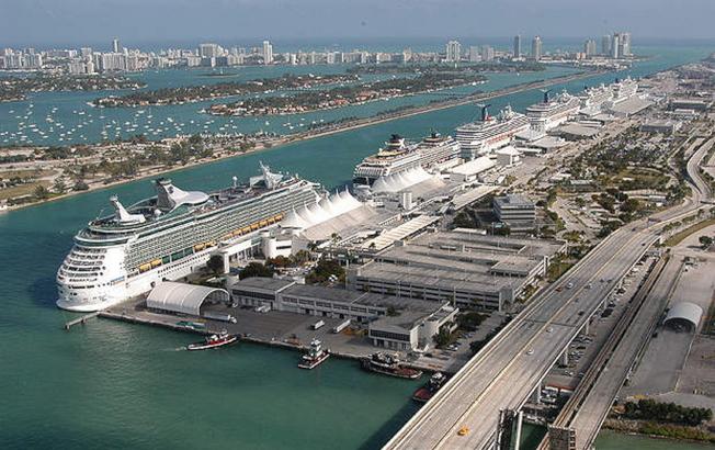 邁阿密港口占地518英畝,是全國最繁忙的海港之一。(邁阿密港提供)