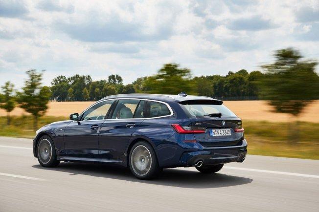 新世代BMW 3 Series Touring (G21)。 摘自BMW