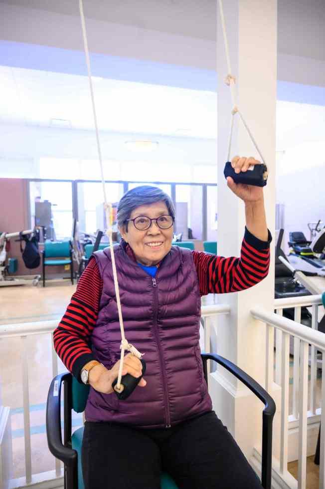 長者能夠在安樂居的中心內做復健活動。(安樂居供圖)