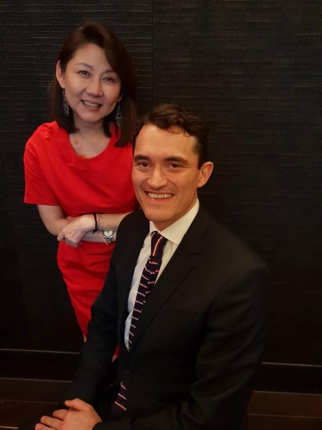 佳士得亞太區總裁龐智鋒(右)與佳士得亞太區副主席翁曉惠。(記者陳宛茜╱攝影)