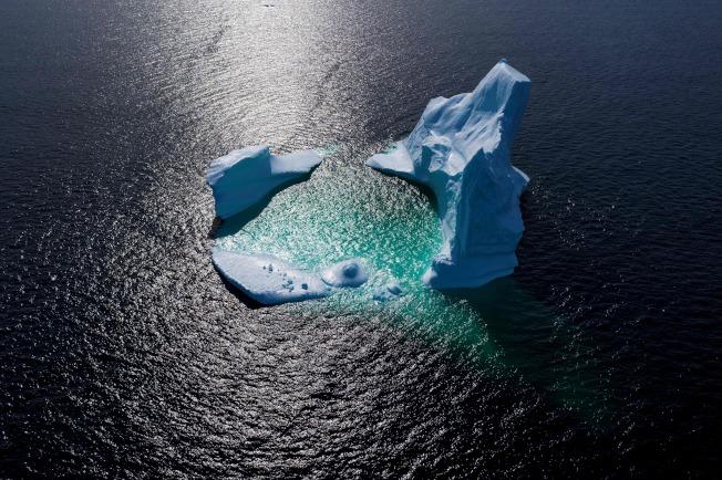 全球暖化讓搭機旅客心感虧欠。(Getty Images)