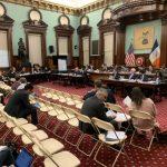 市議會提案 汽車後座均須繫安全帶