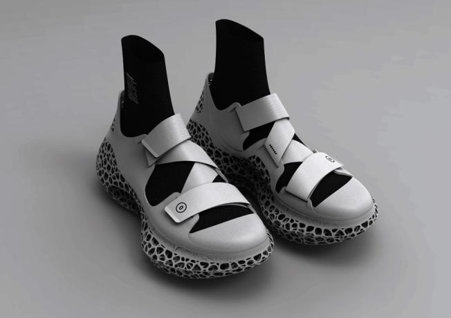 蔡魁希望利用3D打印技術訂製符合每個人獨特腳型和姿勢的運動鞋。(蔡魁提供)