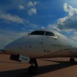 聯合航空50人座小飛機 減少位子改大型置物櫃搶嬌客