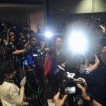 女記者控港警暴力阻採訪 港警司下令架離記者