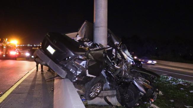 爾灣市405號公路29日晚發生重大車禍,兩人死亡。(警方提供)