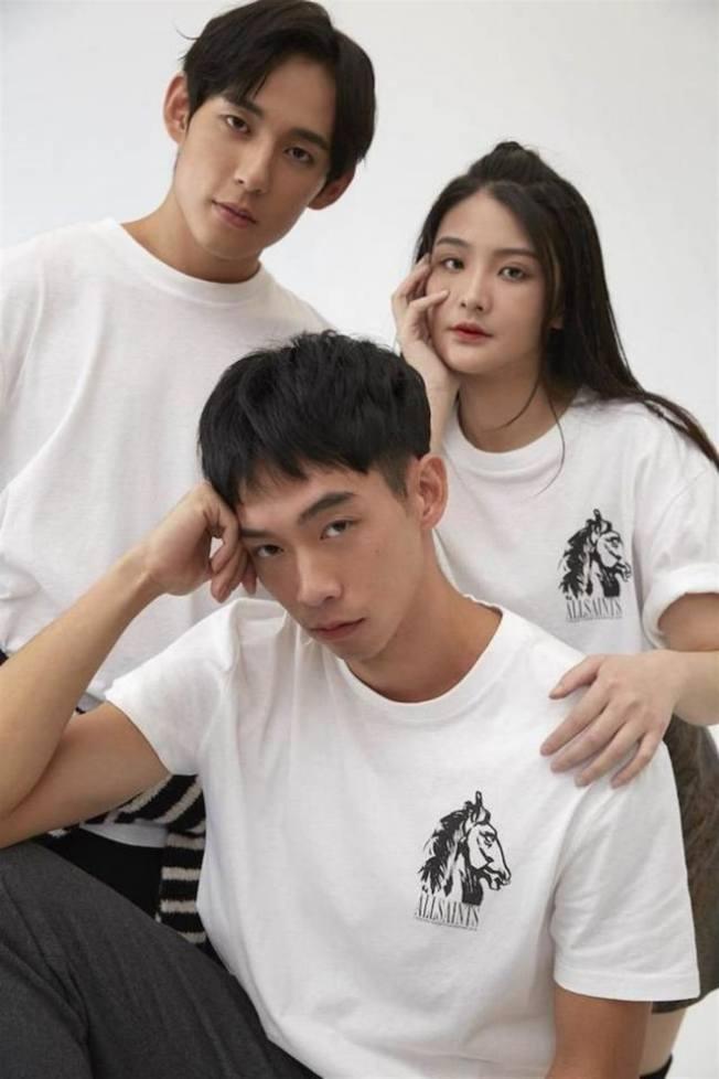 時尚品牌AllSaints,曾宣布推出第56屆金馬獎設計獨家T恤。(取材自微博)