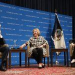 喜萊莉再選總統? 柯林頓沒說死 夫婦受訪露口風