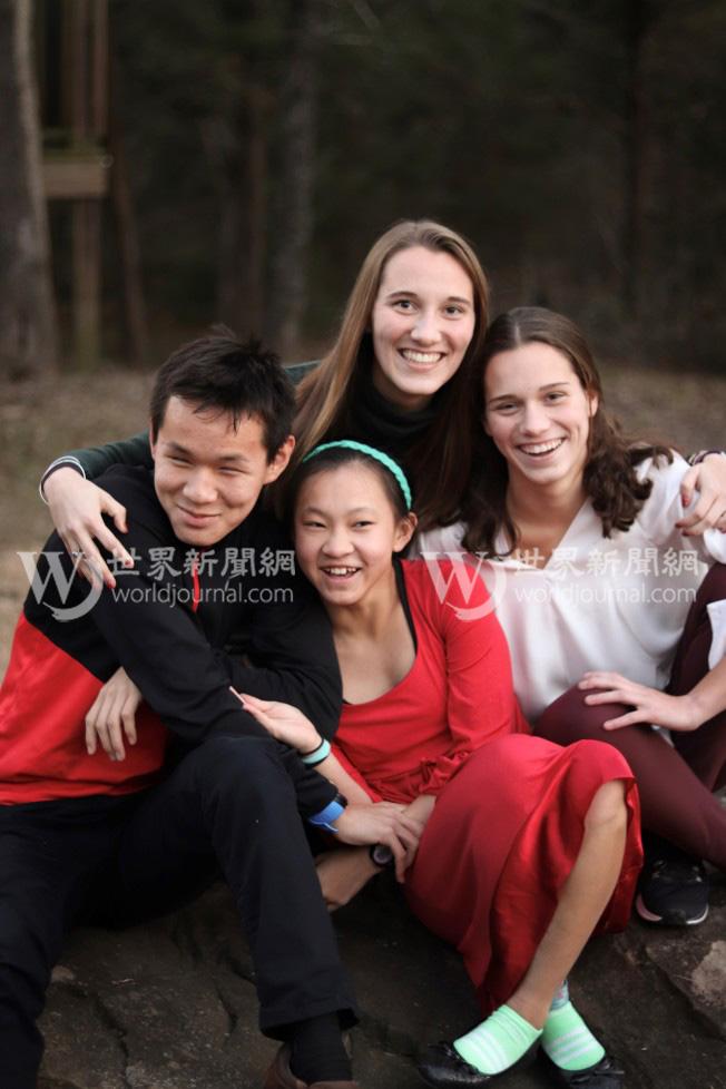 瑟爾比家四姊弟感情緊密。(瑟爾比家庭提供)