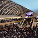 上千港人齊聚新港城中庭 朗讀《香港臨時政府宣言》
