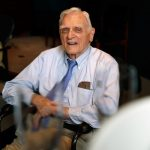 刷新紀錄!97歲諾貝爾化學獎得主古迪納夫 最高齡獲獎人
