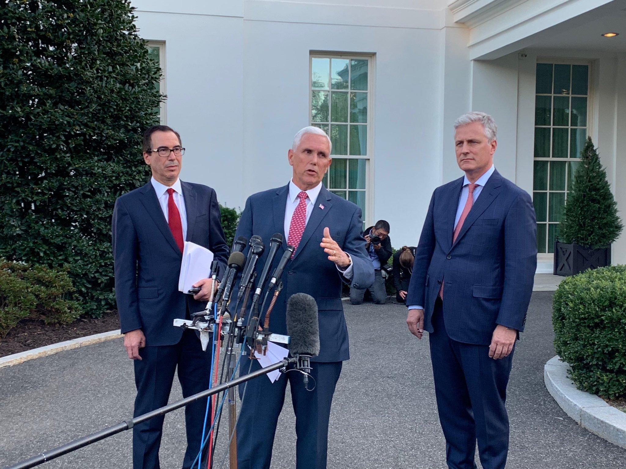 美國副總統潘斯(Mike Pence)14日下午表示將對土耳其國防、內政和能源部長實施制裁。圖/截取自Eamon Javers推特