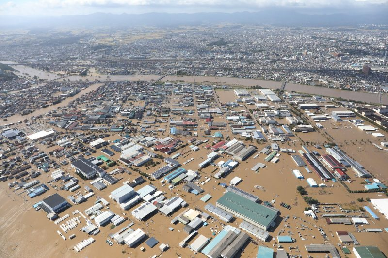 颱風哈吉貝肆虐日本東部和中部造成嚴重的災情。圖為福島縣郡山市水淹沒很多房屋。Getty Images