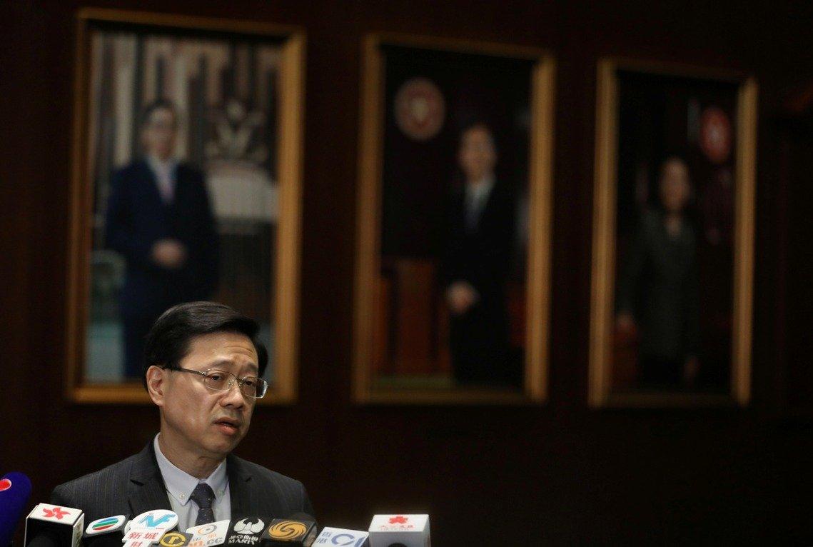 在23日的香港立法會上,李家超表示,為了更清楚明確表明港府針對《逃犯條例》的立場,今日正式宣布「撤回條例草案」。 路透
