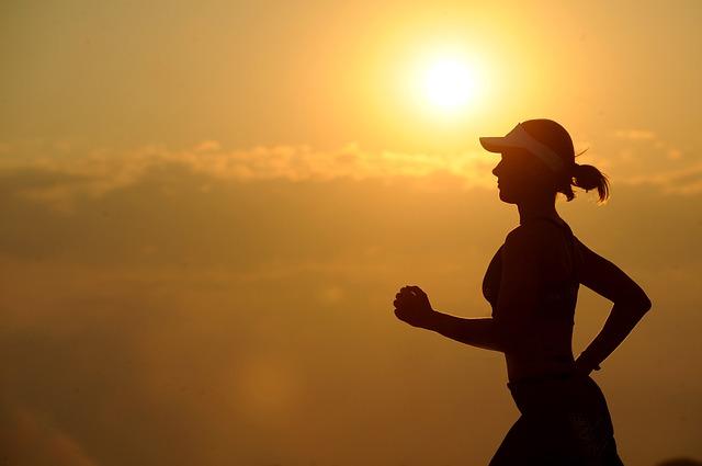適度運動,對邁向真正的身心健康很重要。圖/Pixabay