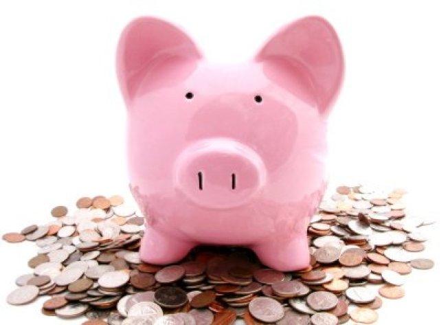 一名沒有債務的65歲婦人想知道,她18萬元的投資是否可支撐她活到100歲。(取自推特)