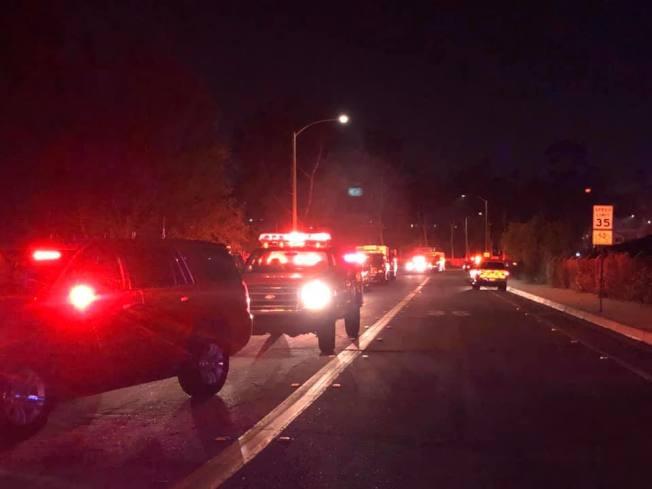 富樂頓發生山火區域周邊居民被要求撤離。(取自富樂頓/布瑞亞消防局臉書)