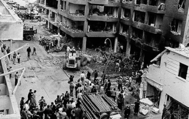 被炸毀的Tarata街。(作者提供)