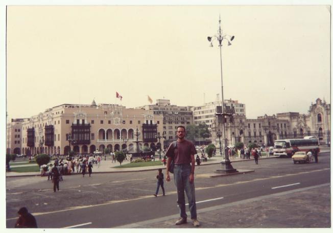 1991年初,艾達到達秘魯首都利馬。(作者提供)