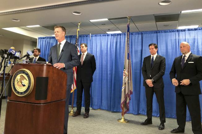 聯邦檢察官日前在舊金山宣布破獲中國間諜案件。(美聯社)