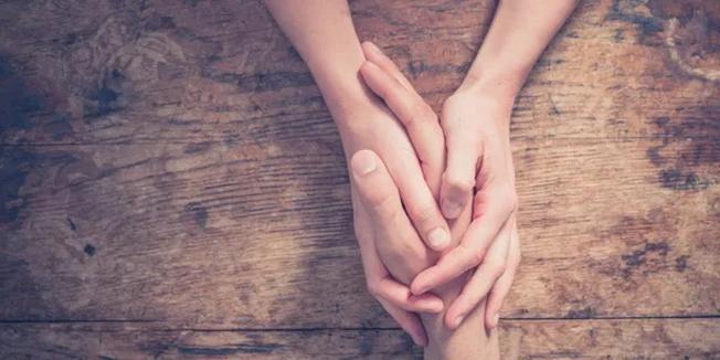 創辦人希望能幫助需要安慰的人。(取自工作室網頁)