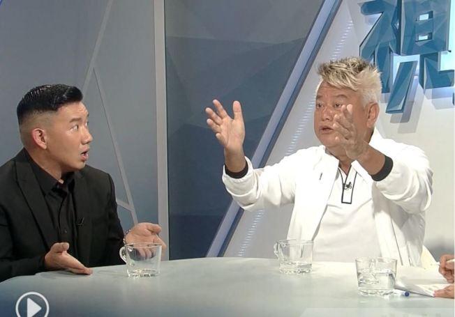 香港藝人杜汶澤(左)和陳百祥的反送中世紀辯論,吸引170萬人觀看直播。(翻拍自香港電台)