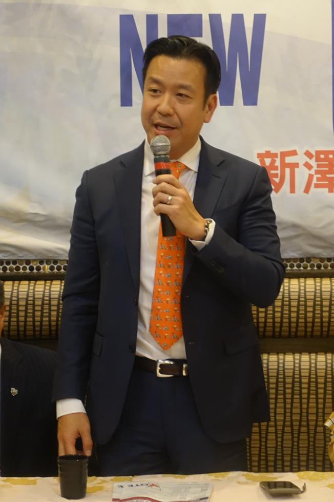 胡世遠當選連任安歌塢崖市議員。(本報檔案照)