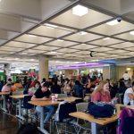 網購普及 越來越多人去購物中心吃飯而非購物